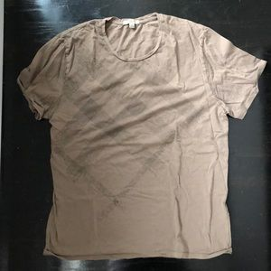Men's Burberry T-shirt in army green. Size XL.